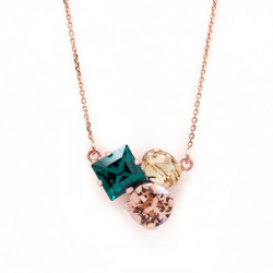 Collar triple emerald de Celine Cube en oro rosa